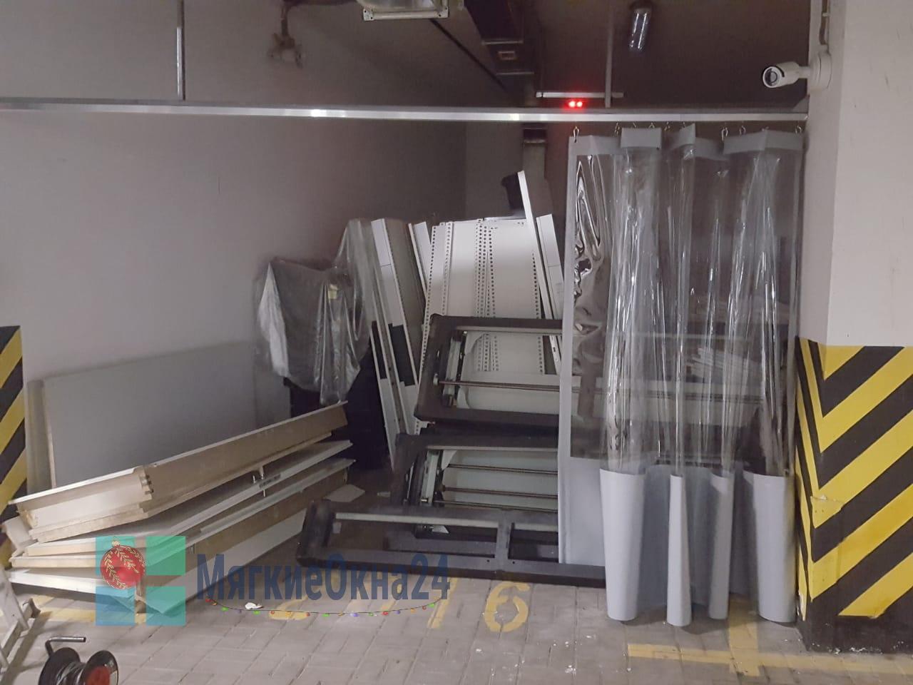 Промышленные шторы ПВХ для гаража